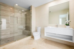 Bath remodel in Boca Raton home