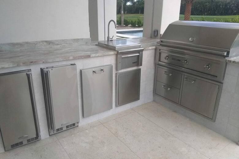 Outdoor Kitchens in Lake Worth, Boca Raton, Delray Beach, Boynton Beach
